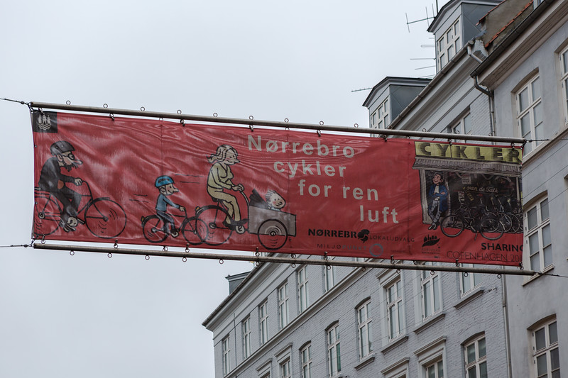 A banner proclaiming bicycles for clean air in Copenhagen, Denmark