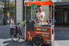 Vélo Végé cargo trike street food vendor in Toulouse, France