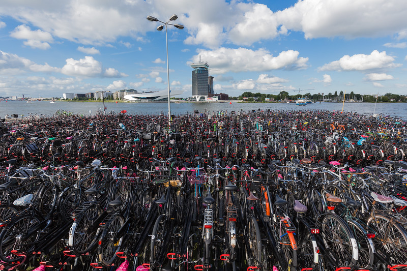 bicycle parking Amsterdam Centraal Station IJ 050816 ©RLLord 8847 smg