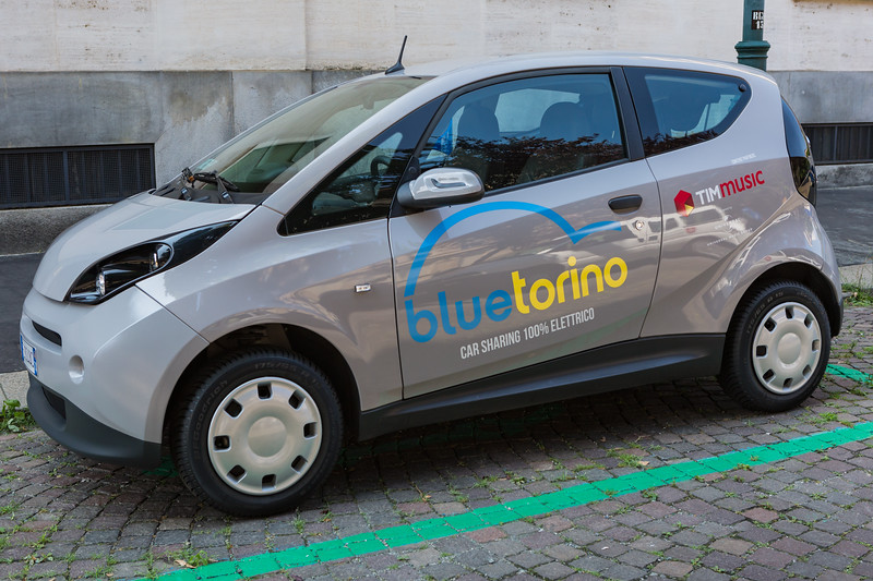 Bollore electric bluecar bluetorino car sharing 290716 ©RLLord 7436 smg