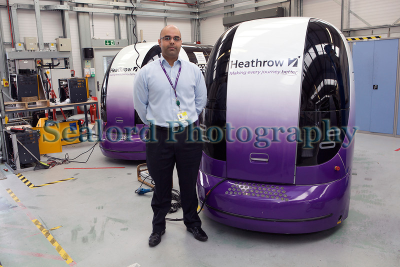 Heathrow Pod engineering Nasir Rasool 080812 ©RLLord 9164 smg