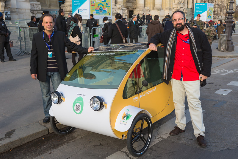 Solar powered mö by Evovelo in Paris, France during COP21