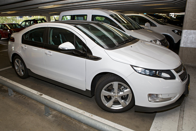 Chevrolet Volt electric vehicle Schiphol airport Amsterdam 090813 ©RLLord 9719 smg