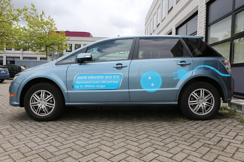 An all electric BYD E6 electric car