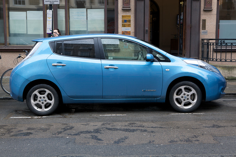 Nissan Leaf electric car London 150812 ©RLLord 1233 smg
