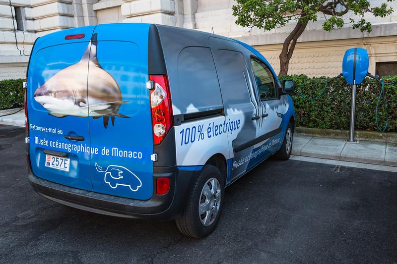Musee Oceanographique de Monaco Renault Kangoo Z.E. electric van charging
