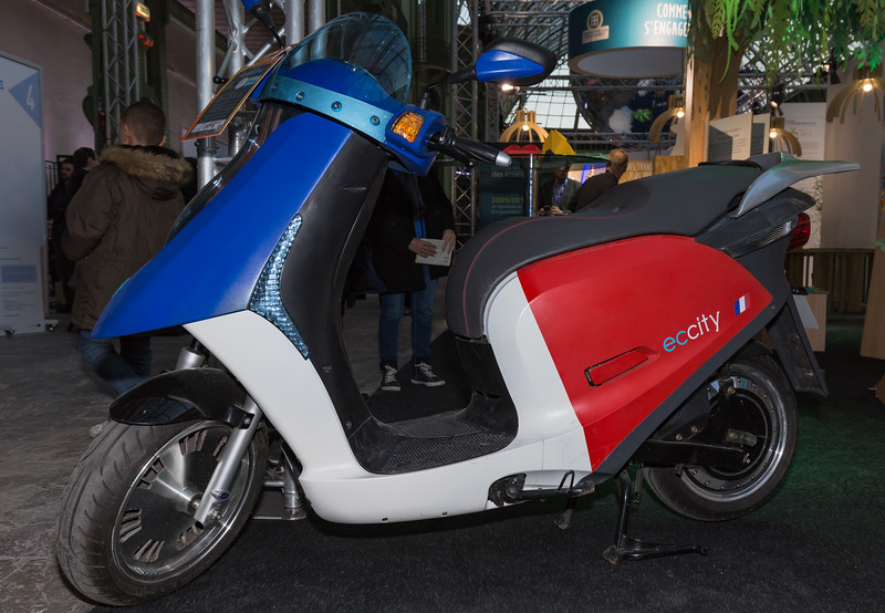 eccity electric scooter Climate Solutions COP21 091215 ©RLLord 0190 smg-2