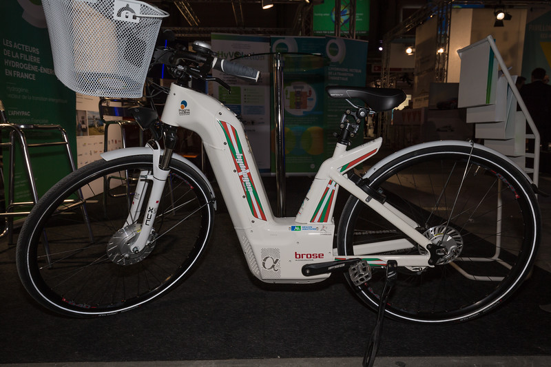 hydrogen fuel cell Alpha bicycle Pragma Industries Climate Solutions 091215 ©RLLord 0227 smg