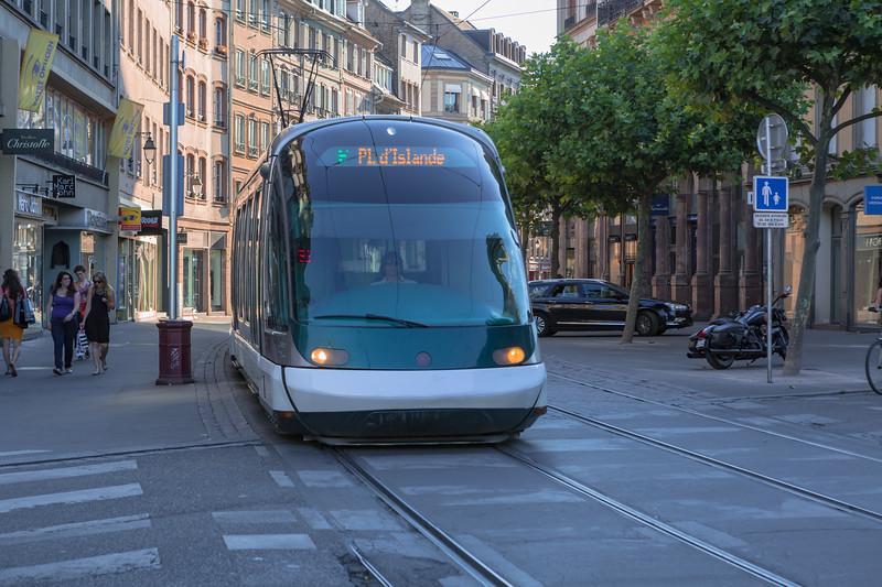 Tramway de Strasbourg Eurotram France 030815 ©RLLord 0499 smg-2