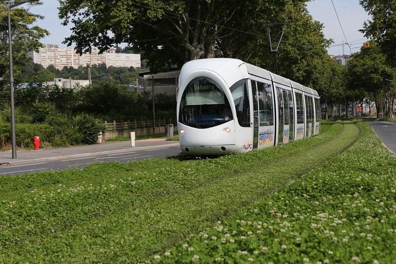 Lyon tram on line T1