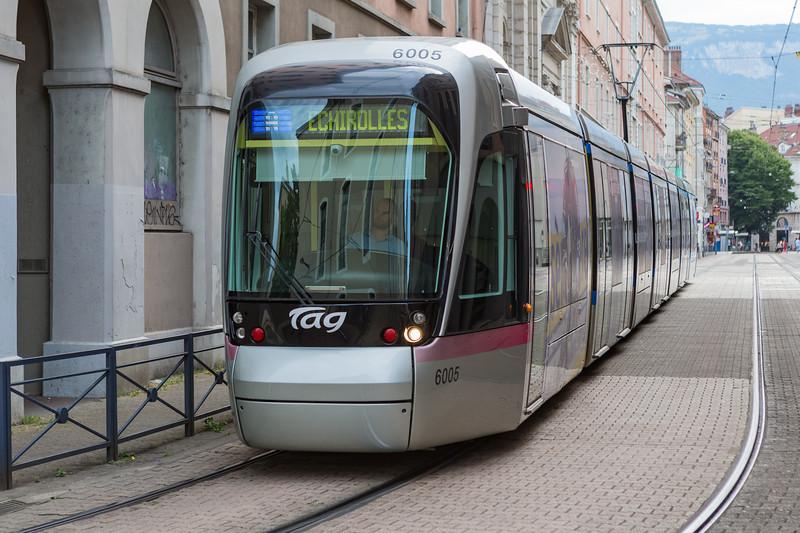 Tramway de Grenoble Semitag Alstom Citadis 402 France 310715 ©RLLord 9685 smg