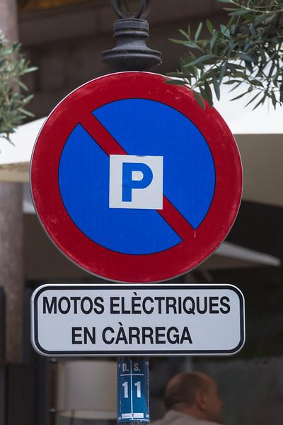 electric bike charging space sign Palma Mallorca Spain v 290614 ©RLLord 2740 smg-2