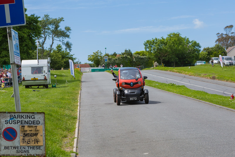 Renault Twizy on Val des Terres hill climb 070614 ©RLLord 9618 smg