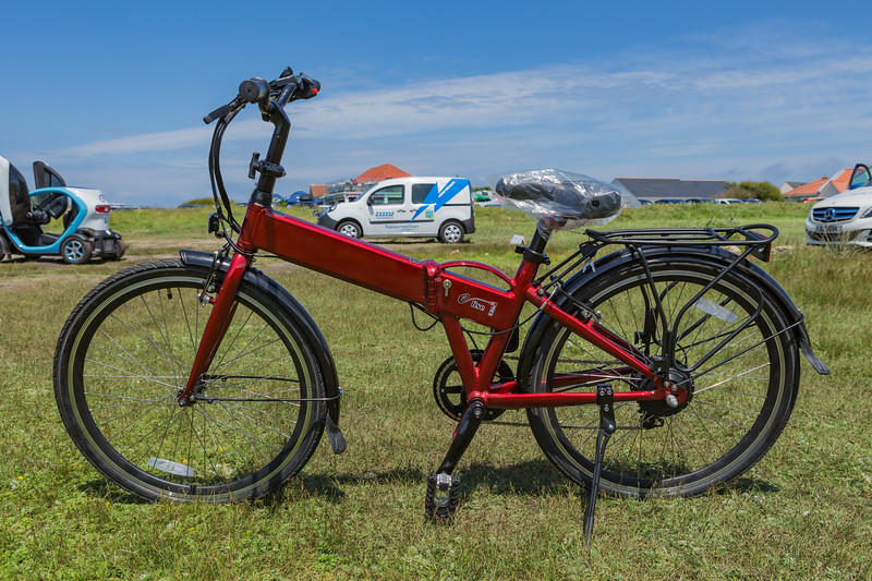 e lise electric bicycle Sun Yacht Open Day 250616 ©RLLord 3865 smg