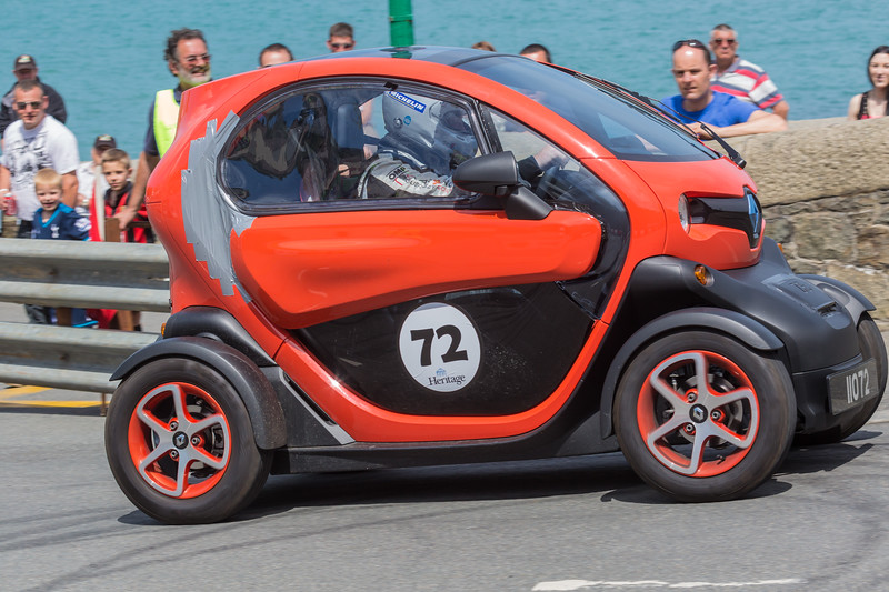 Renault Twizy on Val des Terres hill climb 070614 ©RLLord 9610 smg