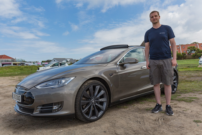 Zoltan with his Tesla Model S P85 D at the Guernsey Electric Vehicle Open Day at Vazon on 25th June 2016