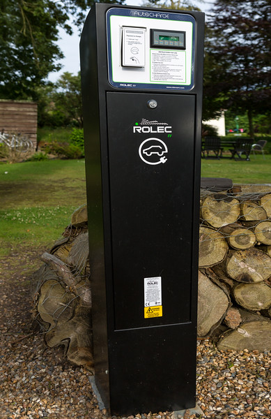 Rolec EV electric charge point Les Douvres Hotel St Martin 210616 ©RLLord  smg