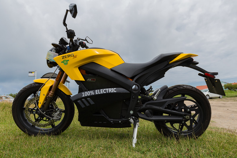 Zero motorcycle at the Guernsey Electric Vehicle Open Day at Vazon on 25th June 2016