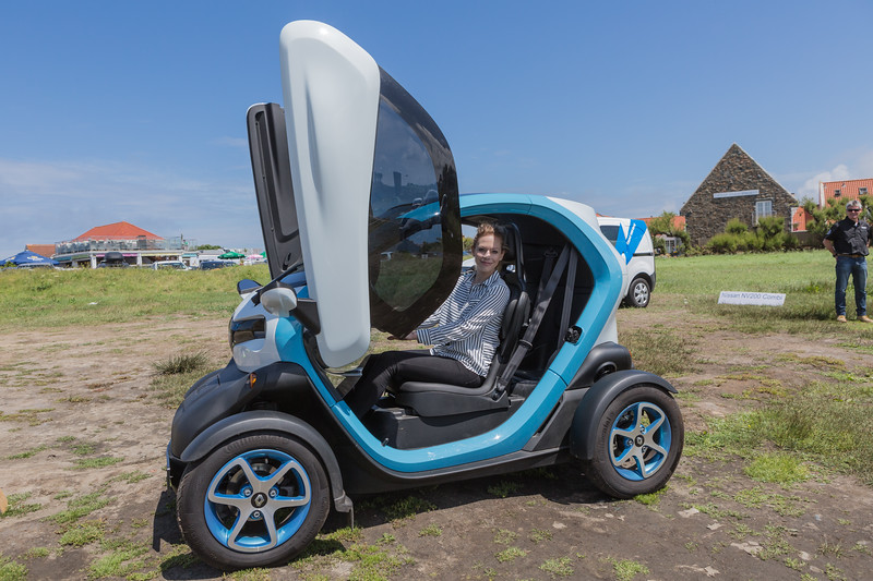 Renault Twizy with Jo Guernsey electric vehicle open day 250616 ©RLLord 3844 smg