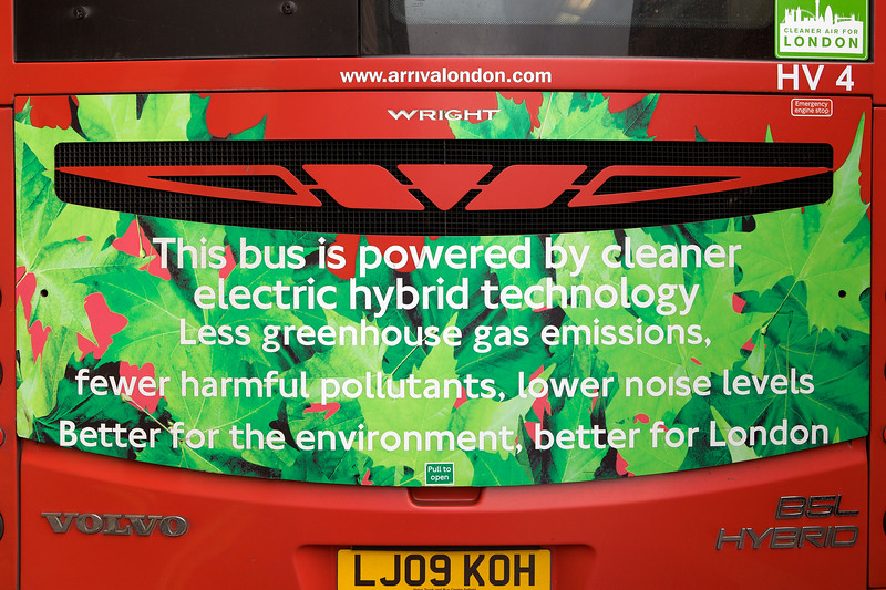 London bus electric hybrid 160812 ©RLLord 1348 smg