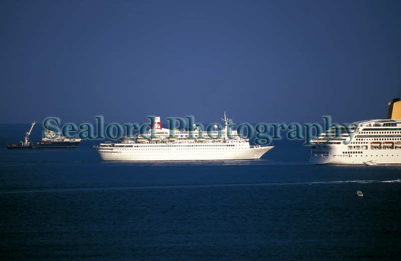 Boudicca passes between Galatea and Aurora in the Little Roussel