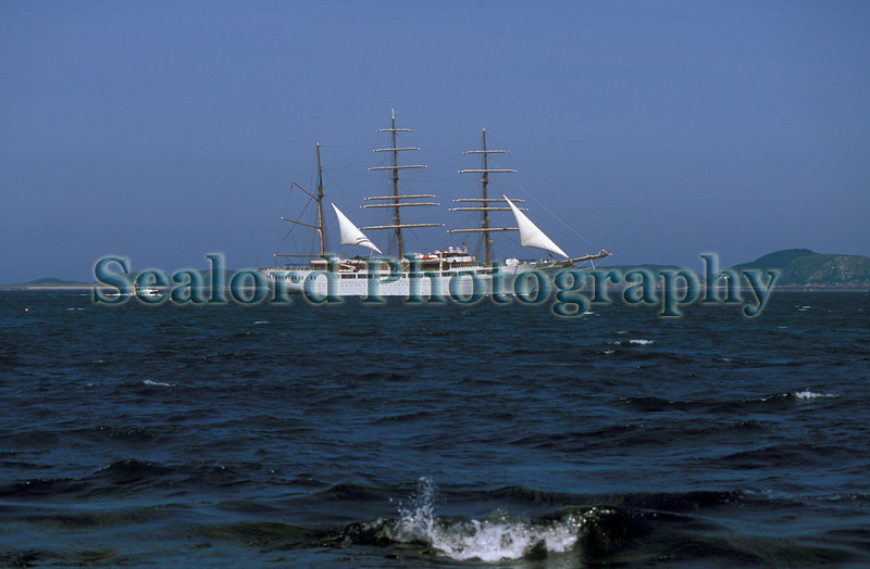 Sea Cloud II escorted by pilot boat Little Russell 21-776 smg