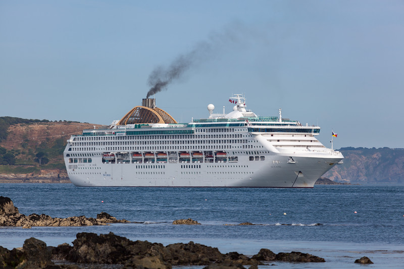 Oceana cruise ship Little Russel 250713 ©RLLord 8166 smg