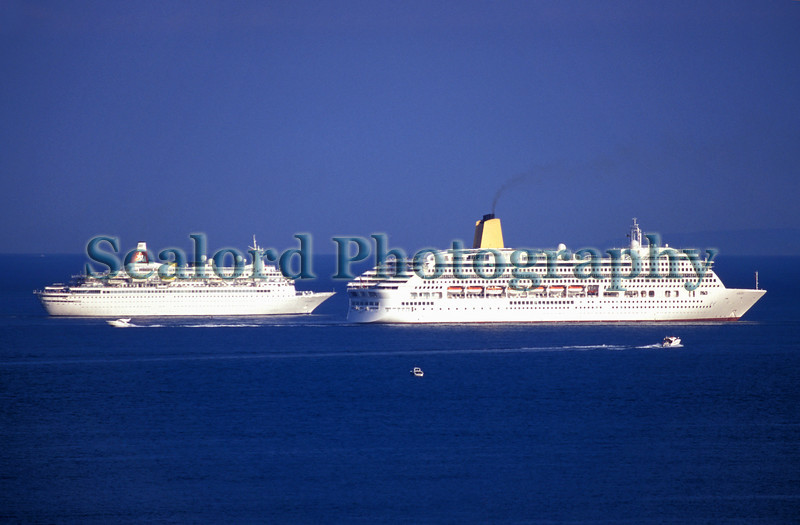 Boudicca approaches Aurora off St Martin's Point, Guernsey