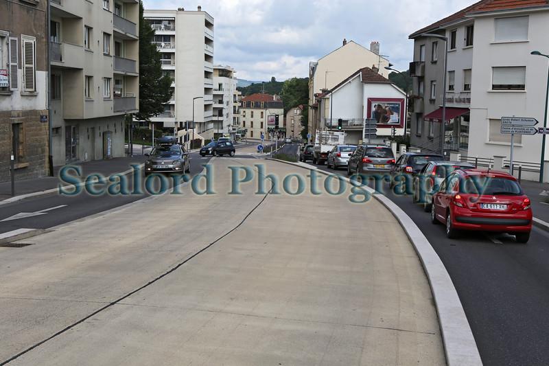 bus lane main road to Metz France 070814 ©RLLord 6543 jp smg