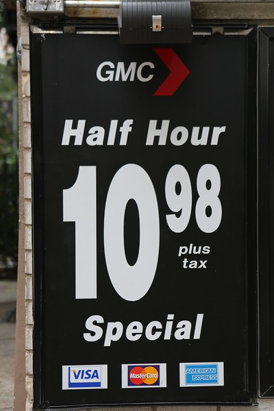 Car parking charge at mid-town Manhattan car park in 2014