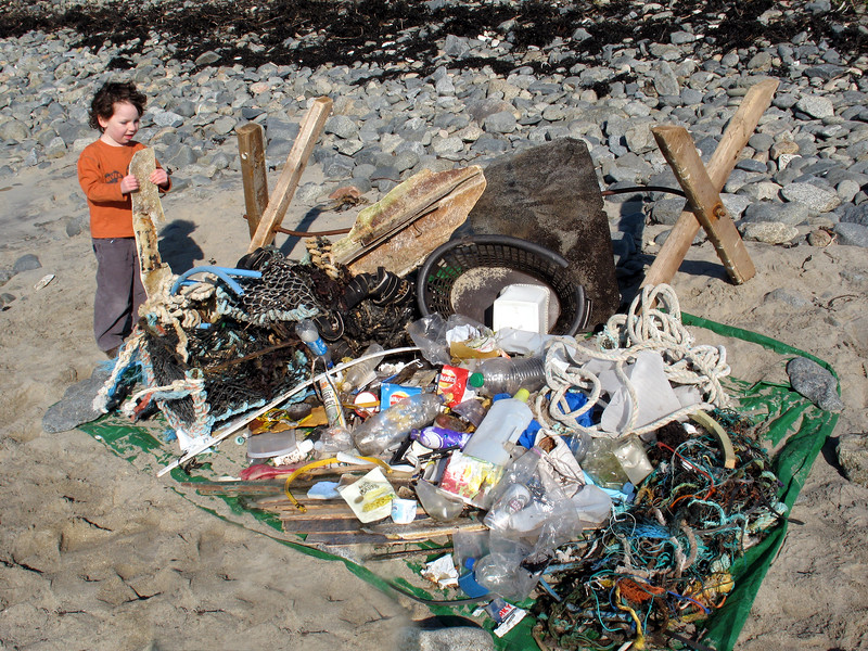 A beach clean at Champ Rouget, Chouet on 17 February 2008