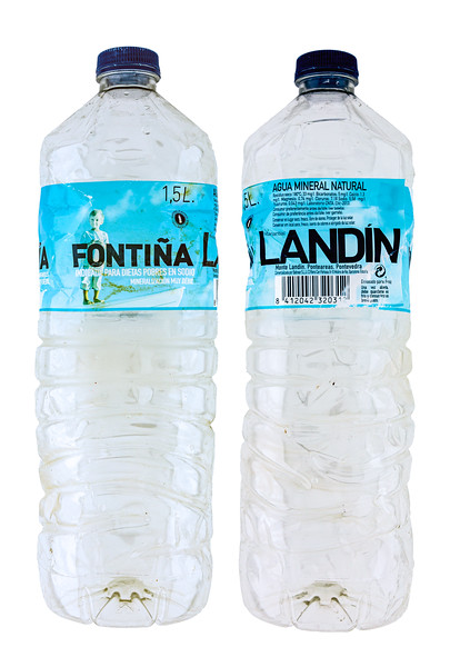 Fontina Landin plastic water bottle Spain 7793-Edit