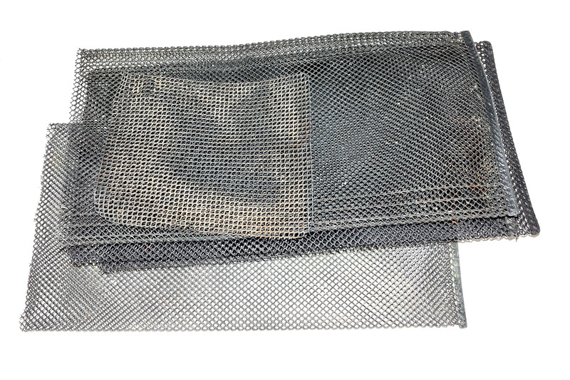 Hard plastic mesh bags used in molluscan aquaculture
