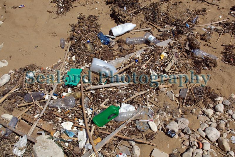 Sicily Avola beach litter 020410 ©RLLord 1395 smg