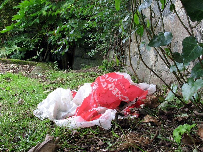 Plastic bag Fort George look out 060707 8884 smg