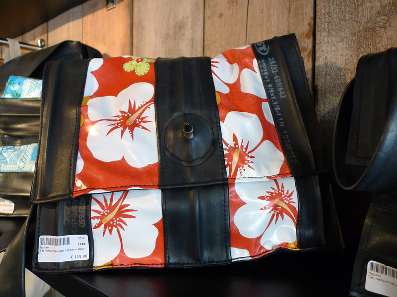 innertube handbag Amsterdam ©RLLord 060809
