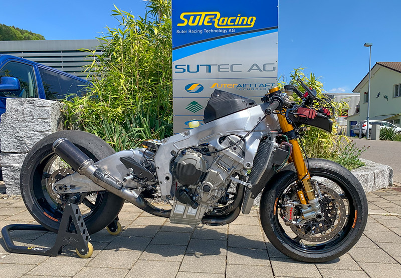 Suter-BMW MotoGP CRT -  (4)
