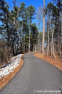 The winding path at Sims Lake Park