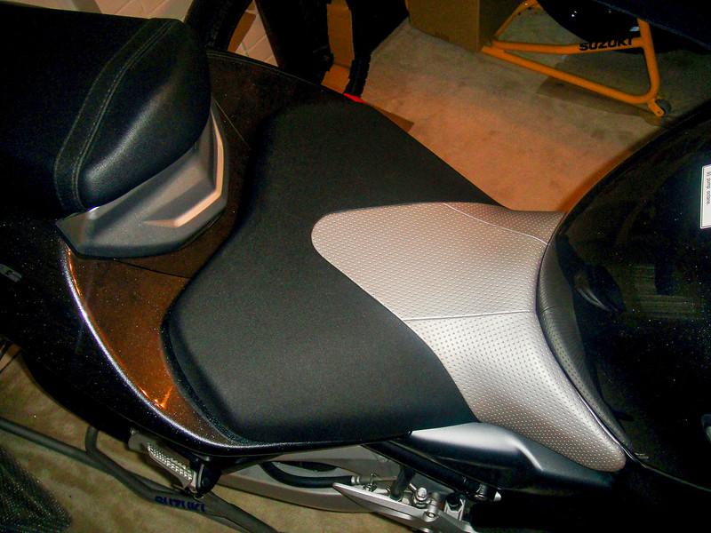 Suzuki B-King -  (27)