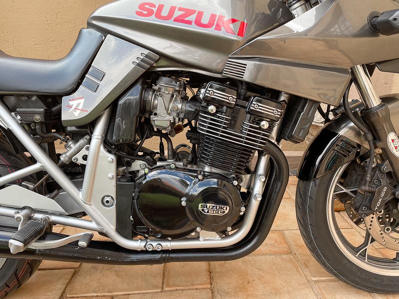 Suzuki Katana 400 -  (17)