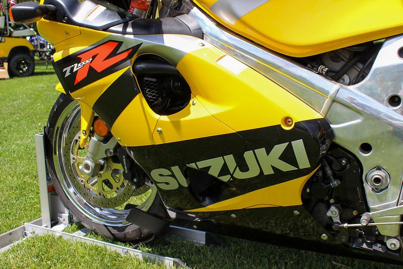 Suzuki TL1000R -  (13)