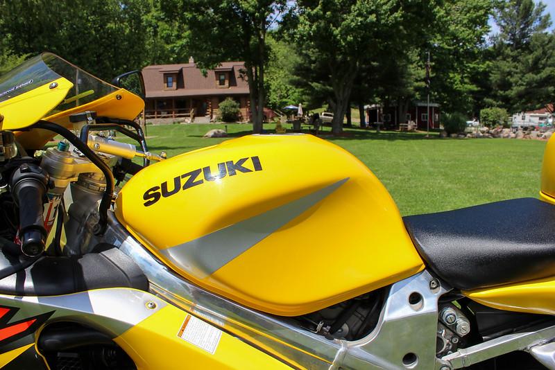 Suzuki TL1000R -  (30)