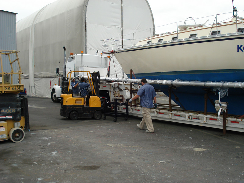 getting the mast off the truck