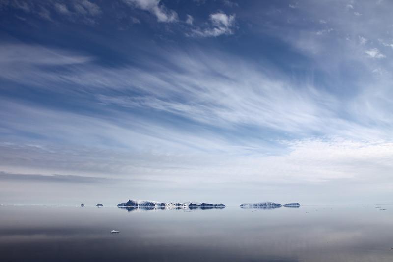Looking towards Sjuoyane - the Seven Islands