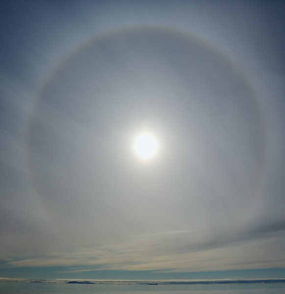Sun bow off Brasvellbreen