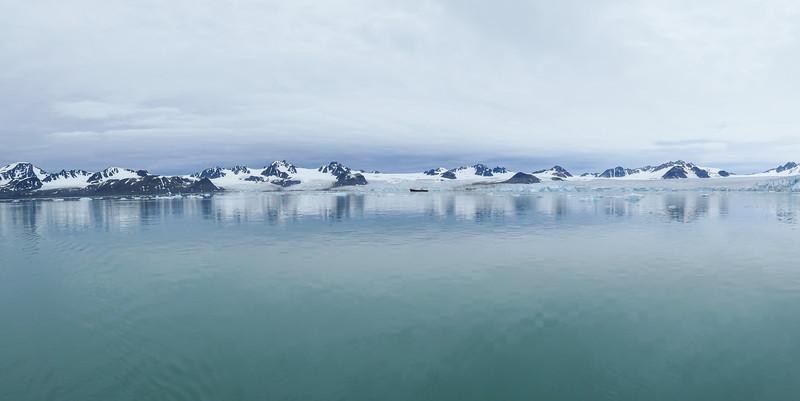 Lillihookbreen glacier (panorama)