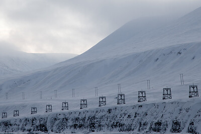 The old coal cableway leading from Longyearbyen down to the harbour