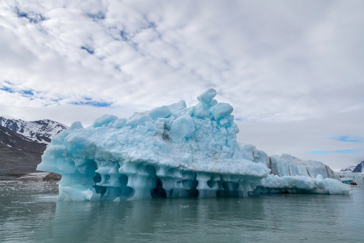 Unstable, eroded iceberg in Monacobreen