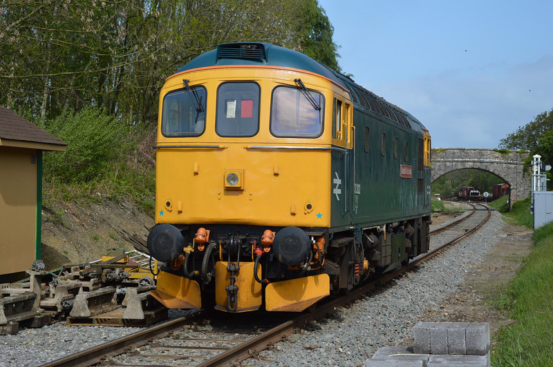 33202 on the driver experience north of Norden station