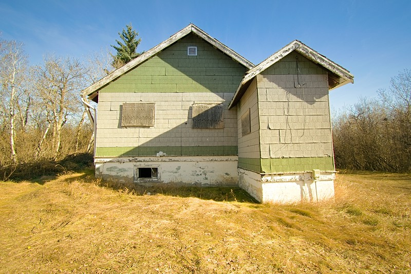 Abandoned Home Near Auburndale Alberta